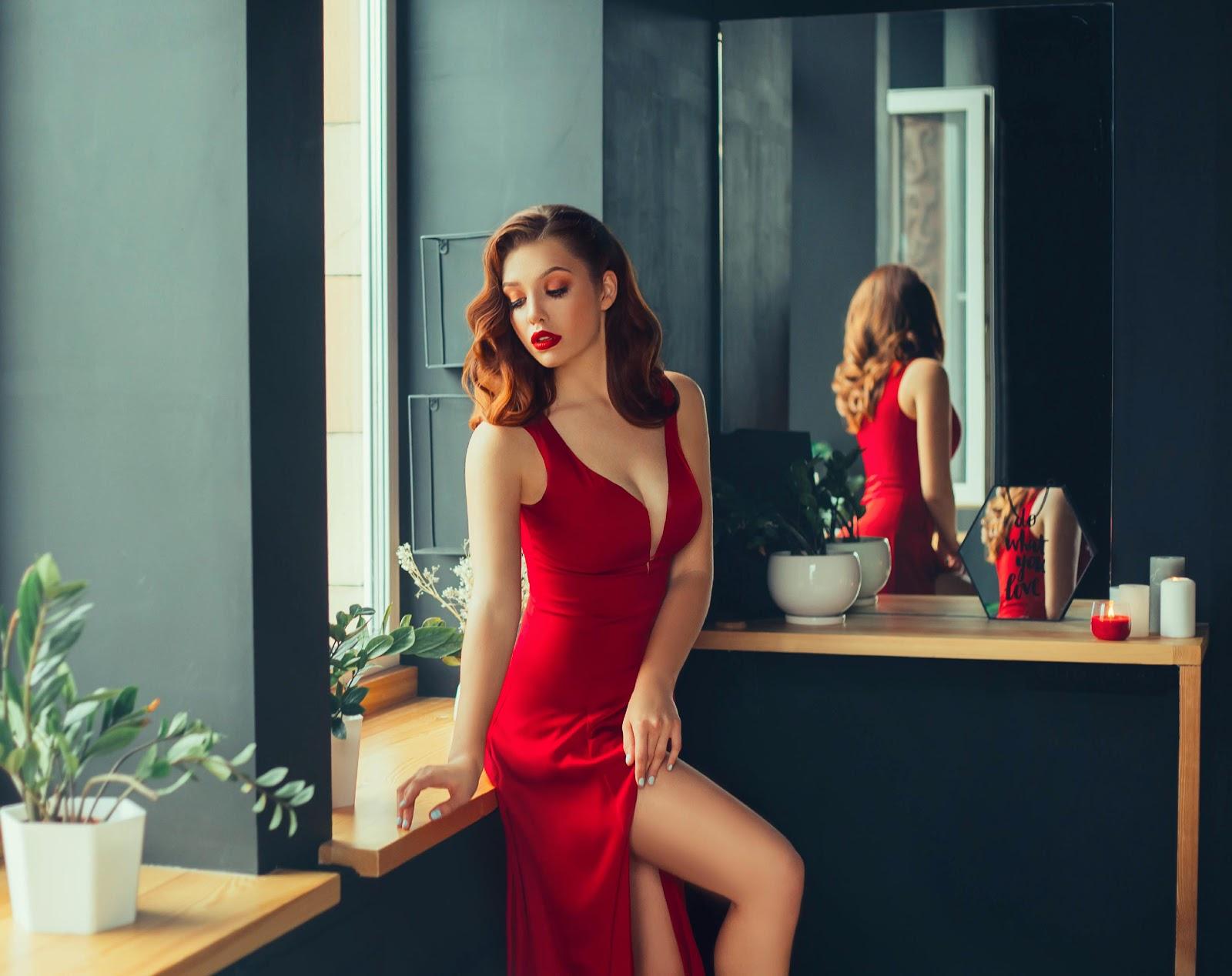 Sukienki wieczorowe – jak wybrać strój na specjalne okazje?