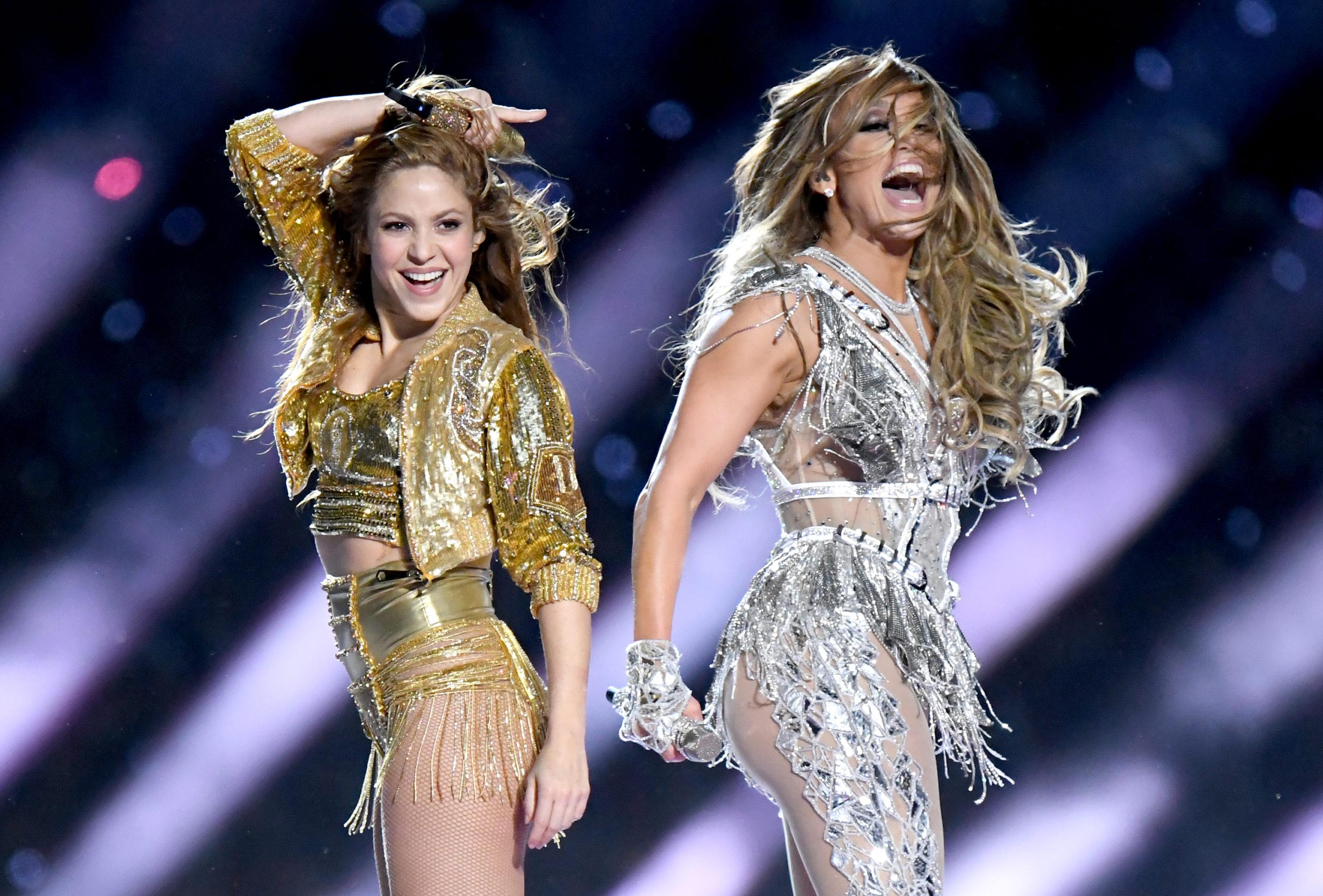 Zobacz spektakularny występ Shakiry i Jennifer Lopez podczas Super Bowl 2020!